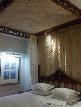 Polana Serena Hotel : Quarto