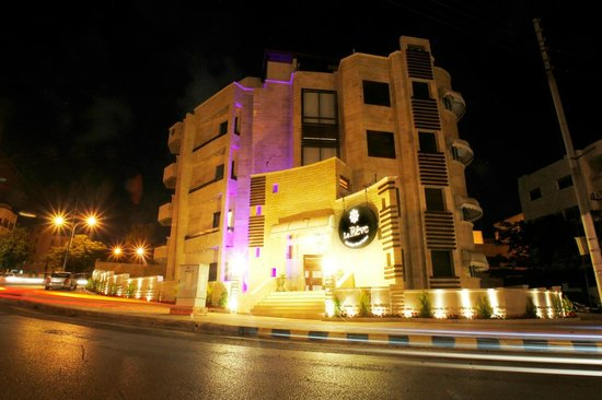 Le reve boutique hotel suites prices reviews amman for Le reve boutique hotel suites
