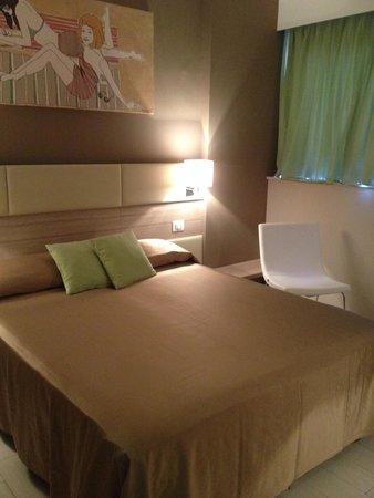 Hotel Cristina: Room