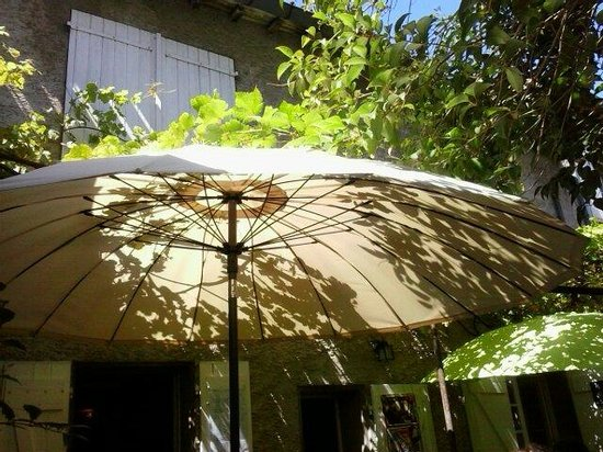 le Chaudron Cathare: Shade