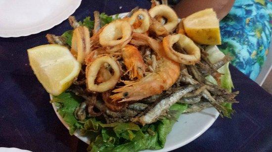 Bar Graziella : Frittura di calamari, gamberi e alici