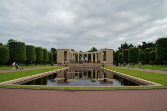 Monumento y Cementerio Estadounidense de Normandía