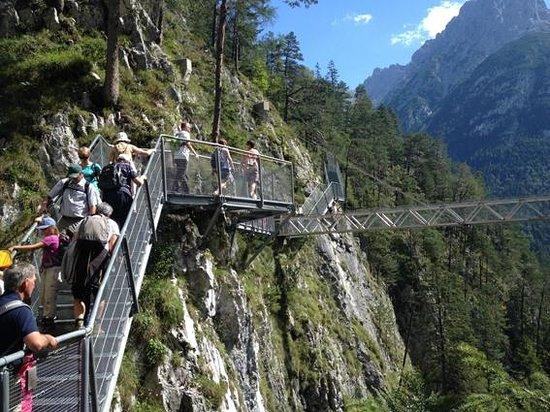 Ferienhotel Kaltschmid : gorge walk