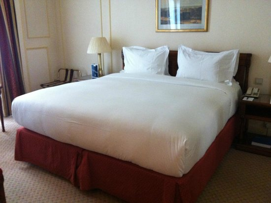 Hotel Le Plaza: Double room