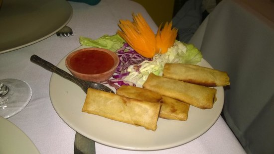 Sukhothai : Vegetable spring roles