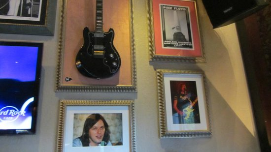 Hard Rock Cafe London: pink floyd - david gilmour