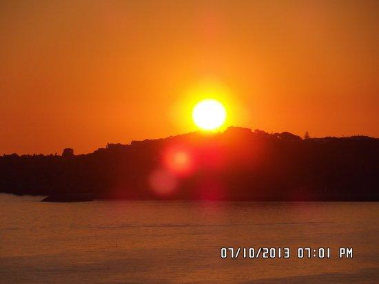 Auramar Beach Resort: sunset