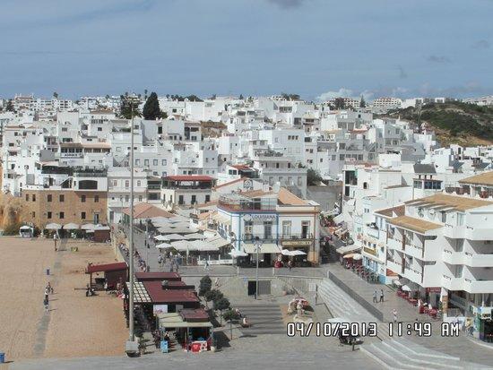 Auramar Beach Resort: old town