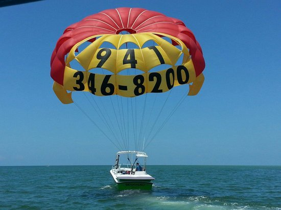 Beautiful day on the water with Parasail Siesta