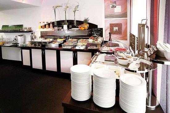 Hotel U-NO 1: Frühstücksbuffet