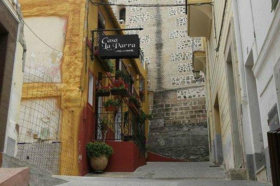 Casa La Parra: Entrada al restaurante