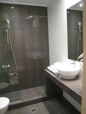 Grande douche italienne photo de hotel perivoli nauplie tripadvisor - Grande douche italienne ...