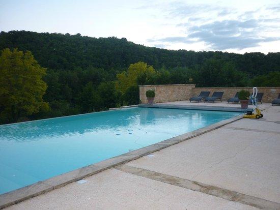 Hotel La Villa Romaine : Beautiful pool and surrounds.