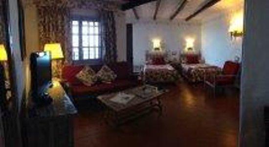 Hotel Parque Tropical : La preciosa habitación