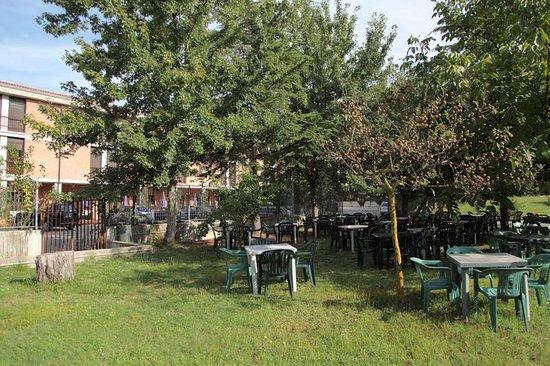 Beniamino Ubaldi: giardino hotel