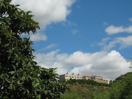 Hotel Perivoli : Petit hôtel surplombant la vallée