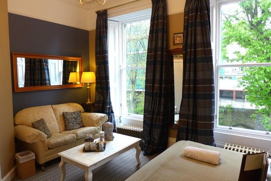 Albyn Townhouse: the room
