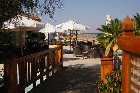Cyrene Grand Hotel: one of the many bridges