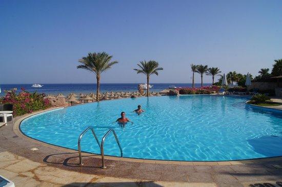Cyrene Grand Hotel: the LEVEL AREA  private pool