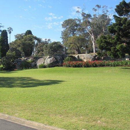 The Royal Botanic Garden : Giardini.