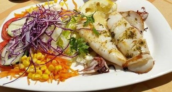 Melis: delicious fresh squid and salad.