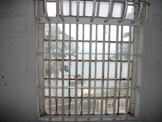 Alcatraz: Last hope