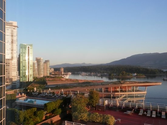 Pan Pacific Vancouver: View over harbour area