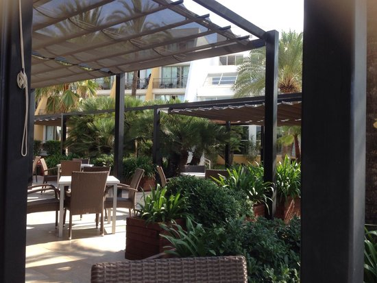 Protur Sa Coma Playa Hotel & Spa: Perfect place to drink Sangria !