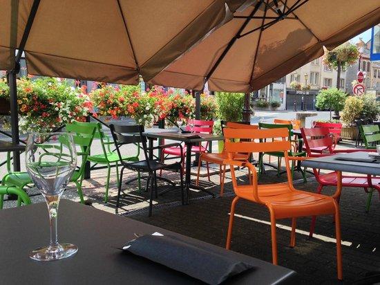 une terrasse color e et abrit e picture of pizzeria da. Black Bedroom Furniture Sets. Home Design Ideas