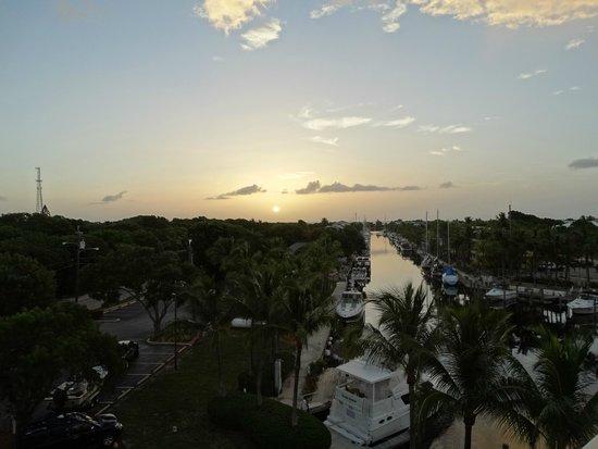 Courtyard by Marriott Key Largo : SUNSET