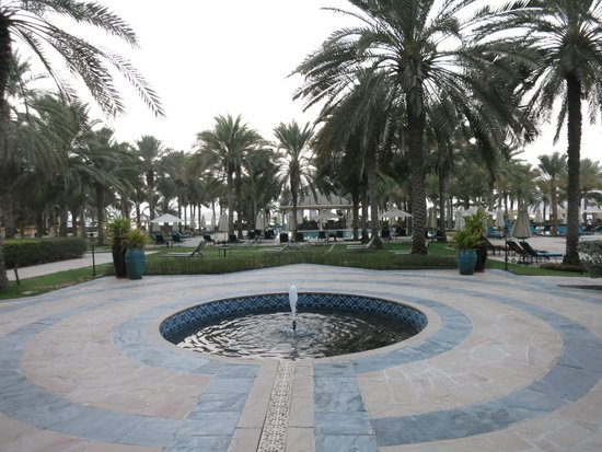 The Palace at One&Only Royal Mirage Dubai: COUR THE PALACE
