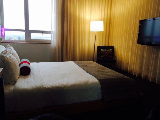 Custom Hotel: Quarto aconchegante e silencioso no ultimo andar