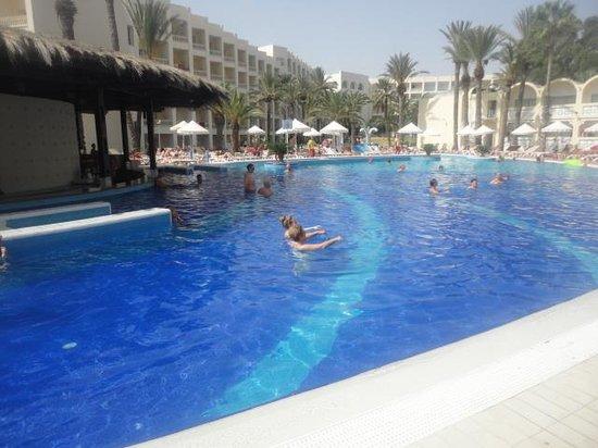 Marhaba Club Hotel: pool