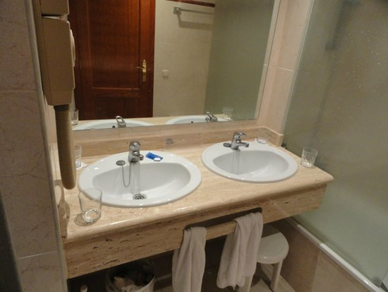 Hotel Best Semiramis: Bathroom