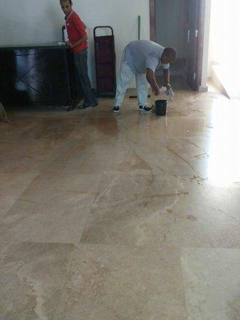 Montillon Grand Horizon Beach Resort: the spill