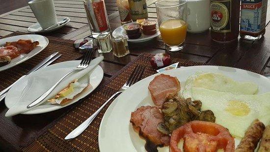 Burnham House B&B: Awesome breakfast!