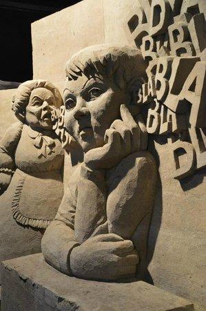 't Veluws Zandsculpturenfestijn : 1 van de vele sculpturen die er te vinden was