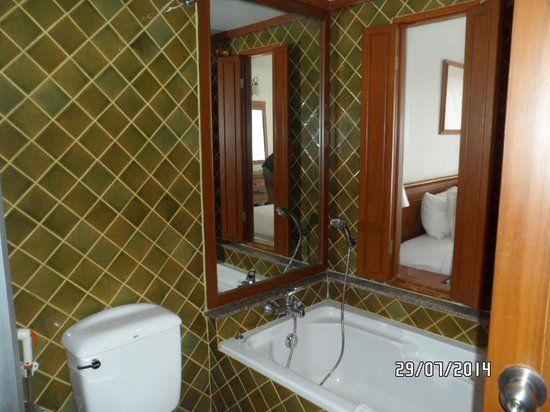 Sunset Beach Resort: Bathroom Room 5406