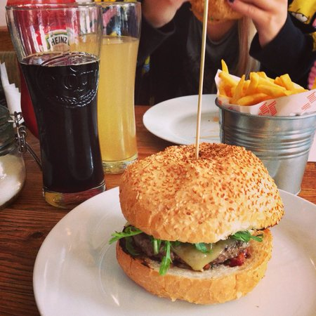 Original Burger: Om nom nom