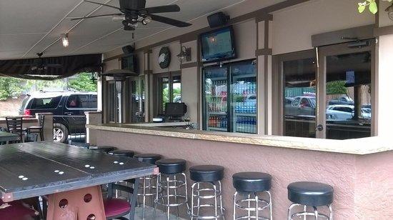 Brickhouse Grille & Tavern