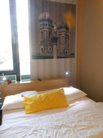 LetoMotel Muenchen Moosach: La nostra camera