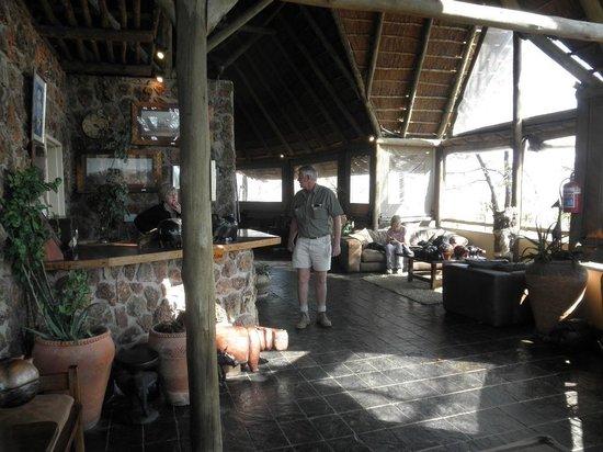 Muchenje Safari Lodge: Amazing hosts!!