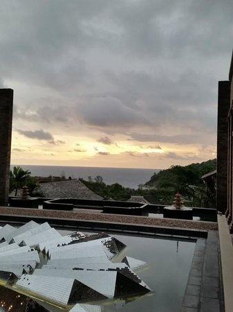 Avista Hideaway Phuket Patong, MGallery by Sofitel: Beautiful sunset