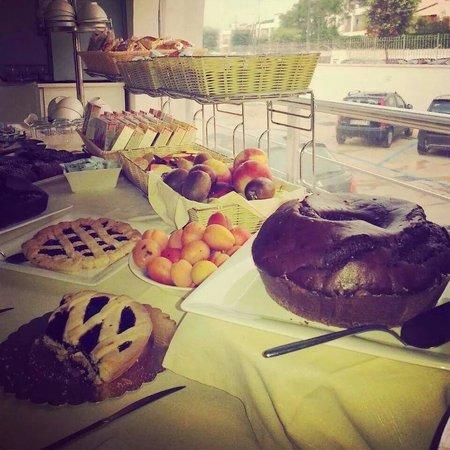 Ganimede Hotel: Breakfast