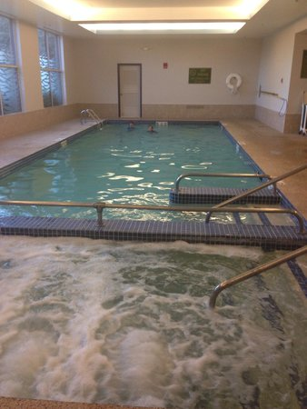 DoubleTree Suites by Hilton Boston-Cambridge : Great pool and spa!