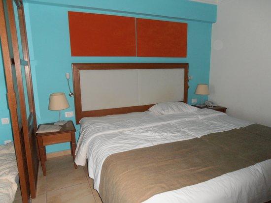 Kiani Beach Resort Family All Inclusive: Room