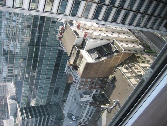 Thon Hotel Brussels City Centre : vue chambre 2015