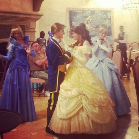 Auberge De Cendrillon: What an evening so magical