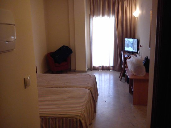 Hotel Toboso Almuñecar: Habitación.