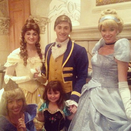 Auberge De Cendrillon: Lastly what a magical evening thank you to all of you. My daughter has magical memories for a li